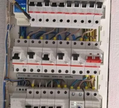 Электромонтажные работы - электрощит